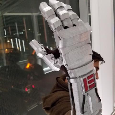 Star Wars Inspired Mandalorian Gauntlet 3D Print Model