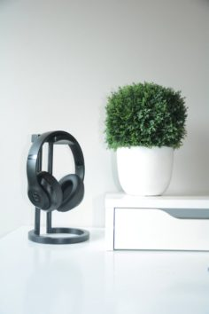 Infinity Headphone Stand 3D Model